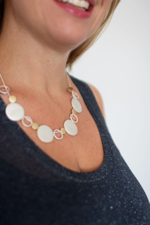 dansk-smykkekunst-vanity-short-necklace-silver-plating-2